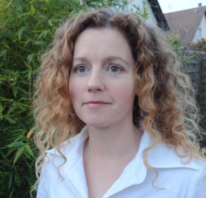 Andrea Neff, assistant director Accès Study Abroad
